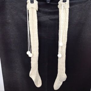 UGG  sweater leggings